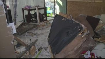 Family left homeless after truck crashes into their Orange Park home