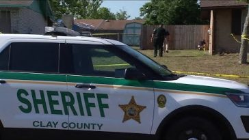 3 Clay County deputies fire at man who came to door with gun